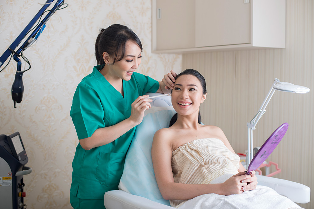 Elska Skin Clinic Jakarta - Chendra Cahyadi photography took the profile photography of Elska Clinic Profile